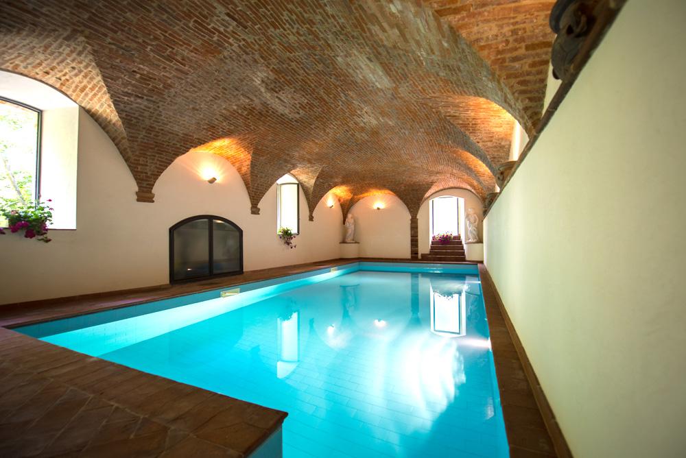 Piscina coperta agriturismo antico mulino dei sibillini montefortino fm - Fabbisogno termico piscina coperta ...